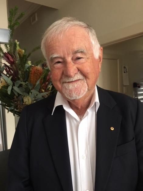 Prof Ian Dunn AM