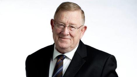 Phil Ruthven AM